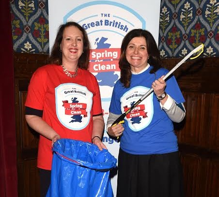 "Victoria Prentis MP encourages communities to get behind ""the great British spring clean"""