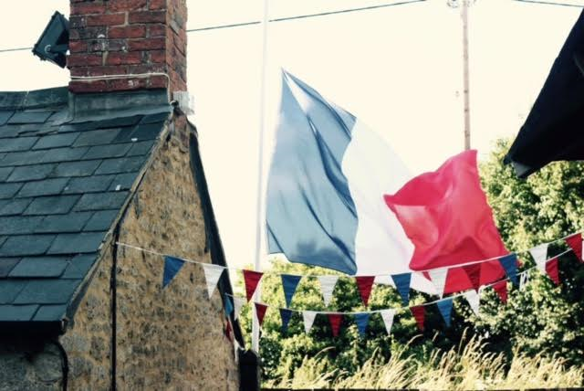 The Horse and Groom, Caulcott: Getting ready for the Bastille Day Festival