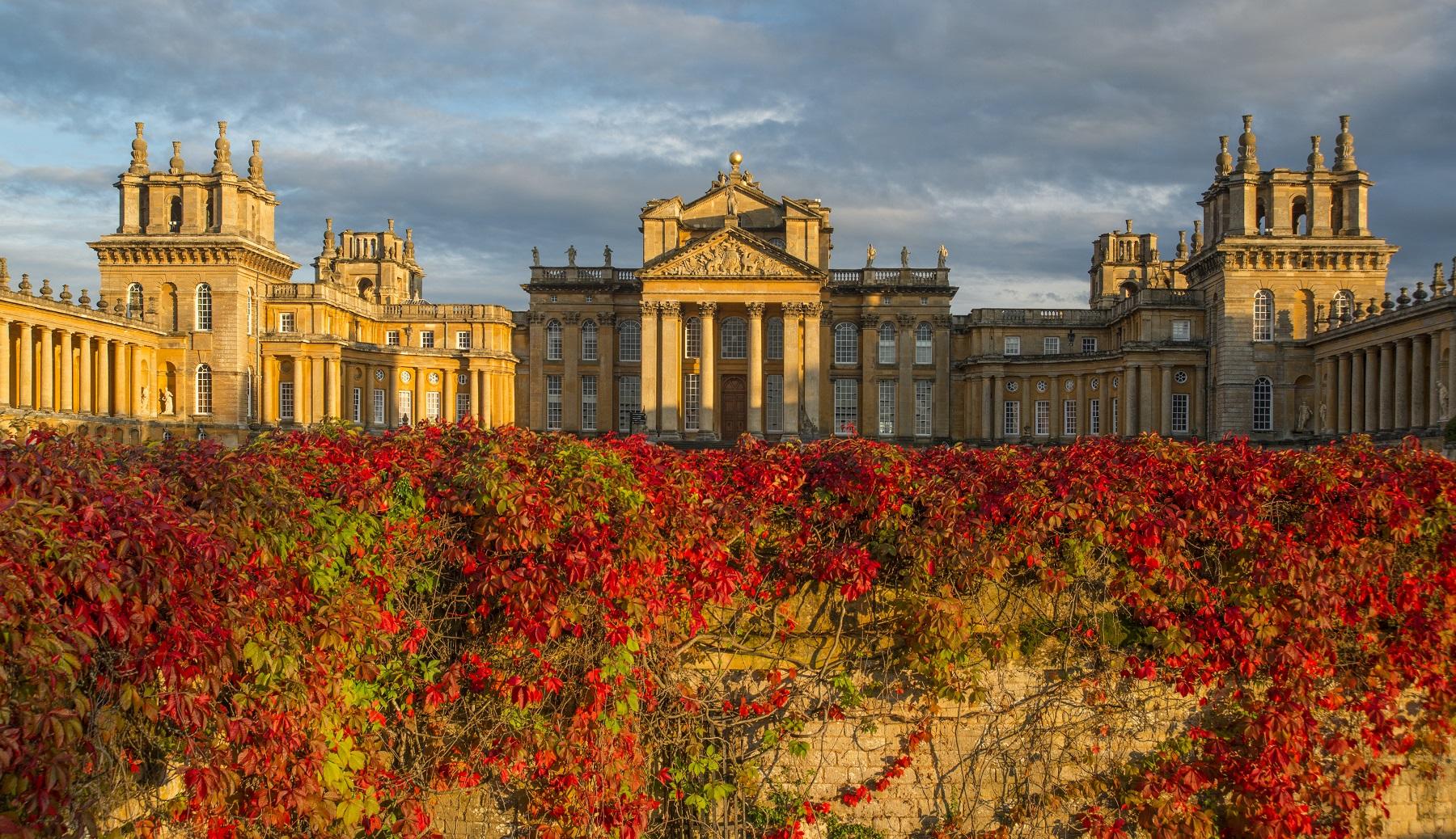 Autumnal colours at Blenheim Palace